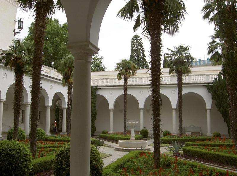 Ливадийский дворец и парк